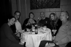 table guests 8